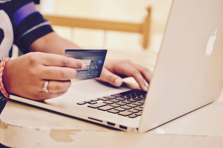 Changer de banque pour une banque en ligne.